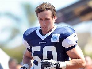 LB Sean Lee Still Waiting To Get Cleared By Team Doctors ...
