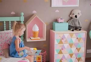 Commode Chambre Fille : commode customisee chambre fille picslovin ~ Teatrodelosmanantiales.com Idées de Décoration