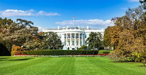 het witte huis in amerika dronepiloot drone crash in tuin witte huis voor