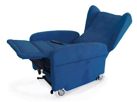 Poltrona Con Ruote Elevabile Per Disabili Gilda Con