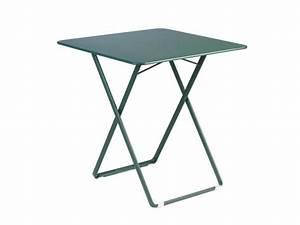 Petite Table De Jardin : table de jardin pliante pratique et conomique en espace ~ Dailycaller-alerts.com Idées de Décoration