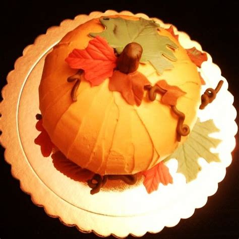 pumpkin shaped cake 72 best images about johelie s cakes and sugar on