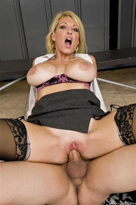 charlee chase hot milf fucks in the showers brazzers 16 pictures