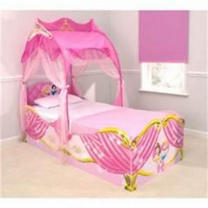 Lit Princesse 90x190 : lit ch teau de princesse meubler une chambre de ~ Teatrodelosmanantiales.com Idées de Décoration
