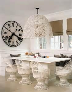wanduhren fã r wohnzimmer 24 extravagante antike wanduhr deko ideen für ihre wohnung