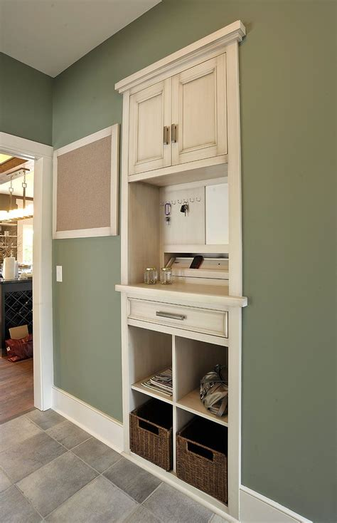 log kitchen cabinets mullet cabinet family drop spot located in the 3841