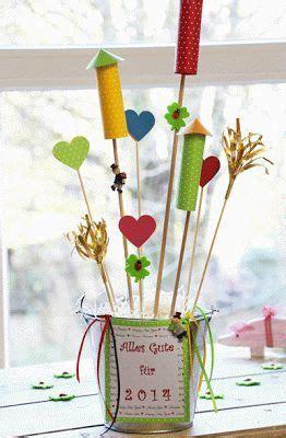 silvester deko basteln die besten 25 silvester mit kindern ideen auf silvester basteln kinder silvester
