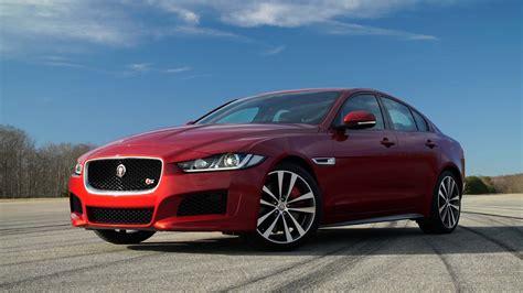 latest  jaguar xe red gorgeous car hd wallpapers