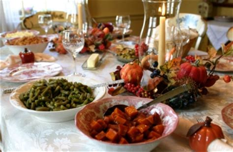 formal table vs buffet pointers to your thanksgiving food style apartmentguide