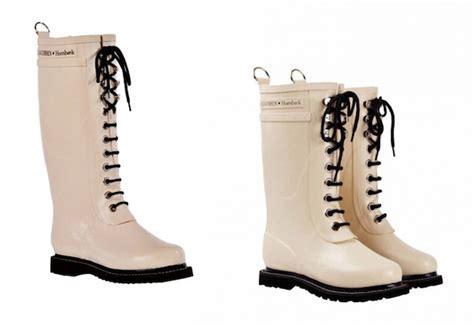 Pretty Rain Boots   Tsaa Heel