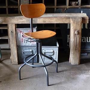Chaise Industrielle Vintage : superbe chaise d 39 atelier pivotante en m tal et bois lignedebrocante brocante en ligne chine ~ Teatrodelosmanantiales.com Idées de Décoration