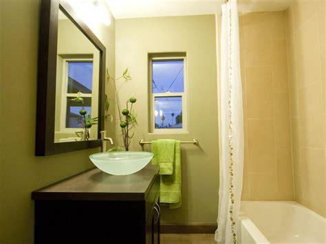 Mirrored Bathroom Vanities