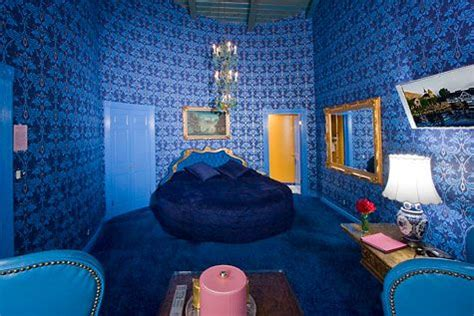 awesome fantasy themed adult hotel rooms hotels