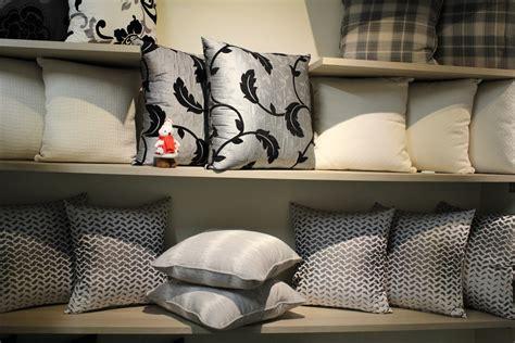 cuscini d arredo cuscini d arredo decorativi idea tenda