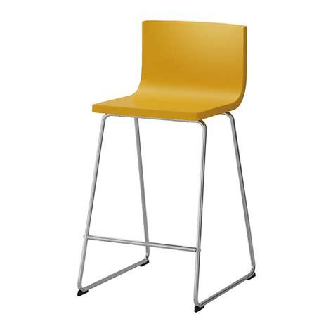 chaise jaune ikea bernhard tabouret de bar à dossier ikea le siège offre un grand confort d 39 assise le