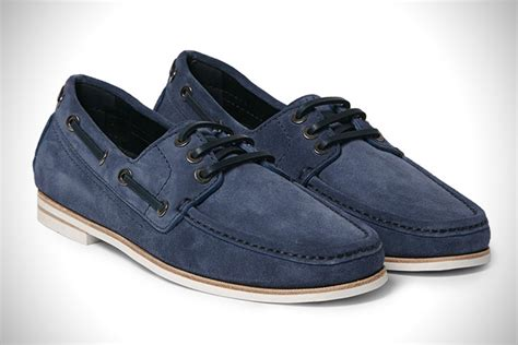 Best Shoes On A Boat by Out To Sea 20 Best Boat Shoes For Hiconsumption