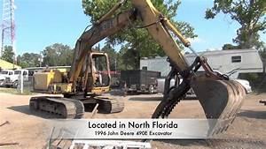 Operating John Deere 490e Excavator