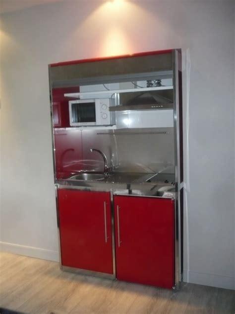 mini hotte cuisine montage d 39 un meuble metalique avec frigo plaque
