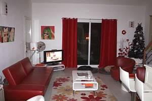 decoration salon rouge With charming couleur pour salon moderne 7 cuisine rouge bordeaux but
