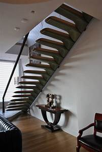 Amazing and Beautiful Cantilevered Stairs by Nastasi