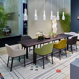 Stühle Esszimmer Schwarz : softshell chair stuhl von vitra bei esszimmer ~ Michelbontemps.com Haus und Dekorationen