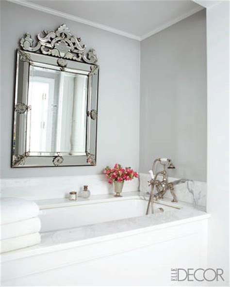 Bathroom Mirror Decorating Ideas by 25 White Bathroom Design Ideas Decorating Tips For All