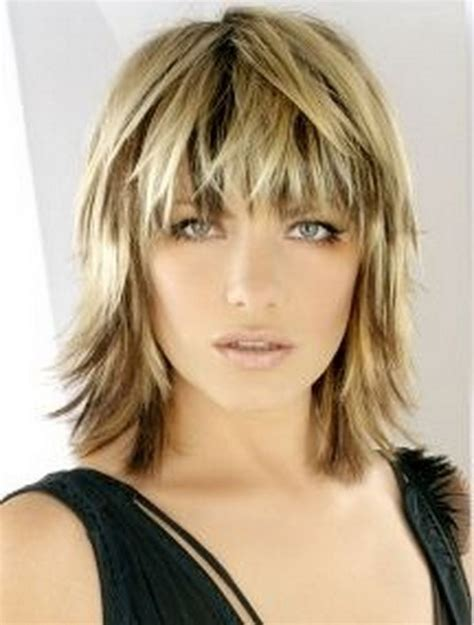 2019 popular shaggy bob hairstyles with bangs