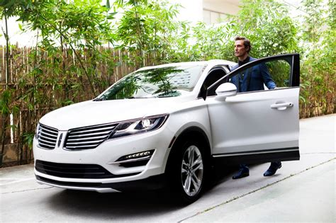New Lincoln Car Commercial by Lincoln Starts New Ad Caign Starring Matthew
