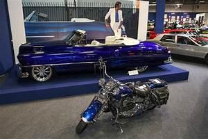 Johnny Hallyday Cadillac : salon r tromobile la cadillac de johnny hallyday part euros ~ Maxctalentgroup.com Avis de Voitures
