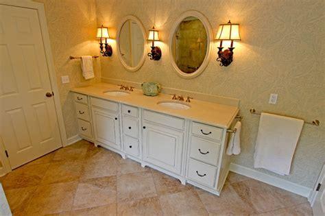 Master Bath Oasis, White Cabinets, Caesarstone Countertop