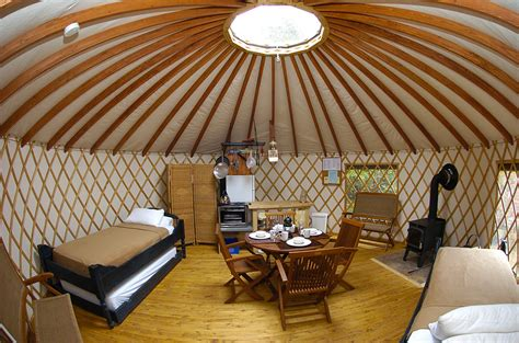 chalet style house yourte hébergement sépaq