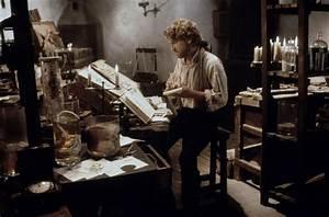 Kenneth Branagh as Frankenstein (1994) | Mary Shelley's ...