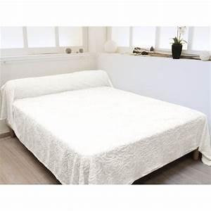 Couvre Lit Blanc : couvre lit pantagonie blanc achat vente jet e de lit boutis cdiscount ~ Teatrodelosmanantiales.com Idées de Décoration