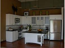 FileSeattle Queen Anne High apartment kitchenjpg