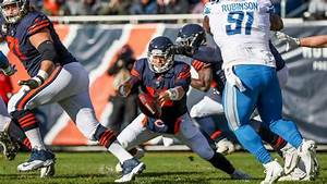 Mitch Trubisky's early fumble costly for Bears, energizing ...