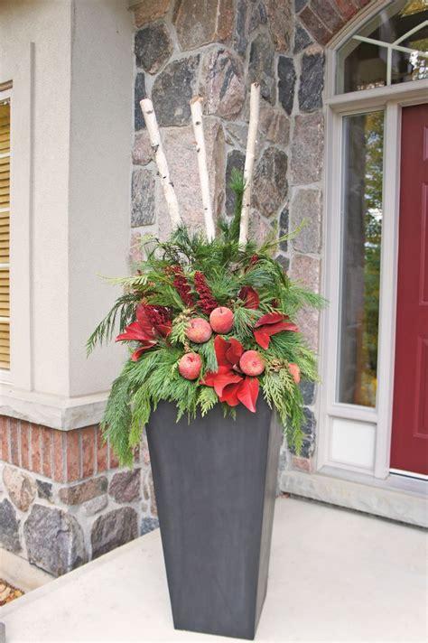 ideas  outdoor christmas planters