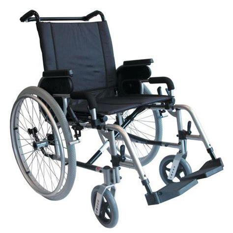 fauteuil roulant de transfert fauteuil roulant de transfert manutan fr