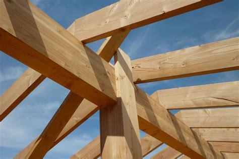 comment construire une maison ossature bois maison en bois ce quuil faut savoir avant de