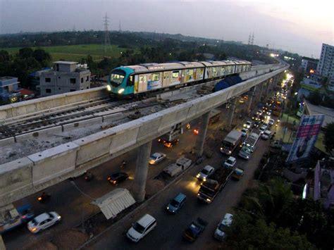 Kochi metro begins test running / News / News / Railpage