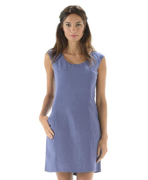 tenue bureau femme robe femme à bretelles bleu ardoise