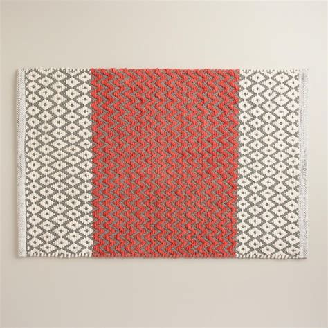 Coral Color Bathroom Rugs by Bright Colors For Coral Bath Rugs Gray In Coral