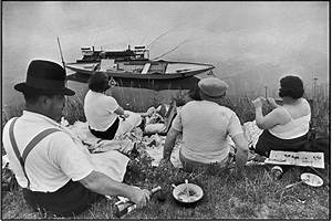 Cartier-Bresson's classic is back – but his Decisive ...