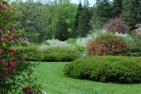 pictures of gardens sundial garden then now 171 winterthur garden blog