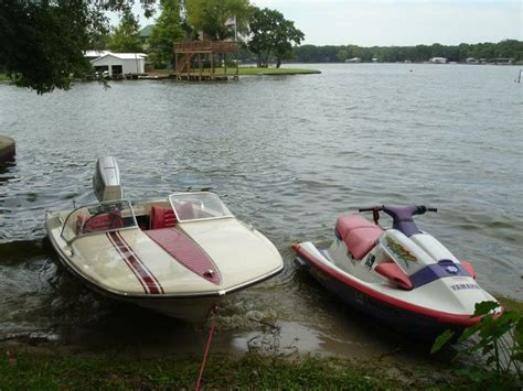 Glastron Boats Vintage by 10 Images About Glastron Jetflite V 143 On