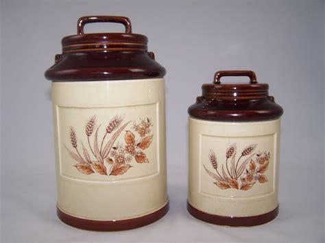 vintage ceramic kitchen canisters vintage ceramic kitchen canister set 2 1960 39 s handled