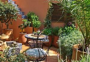 pflanzen eintopfen und umtopfen mit dem ratgeber von obi With französischer balkon mit ausgefallene pflanzen garten