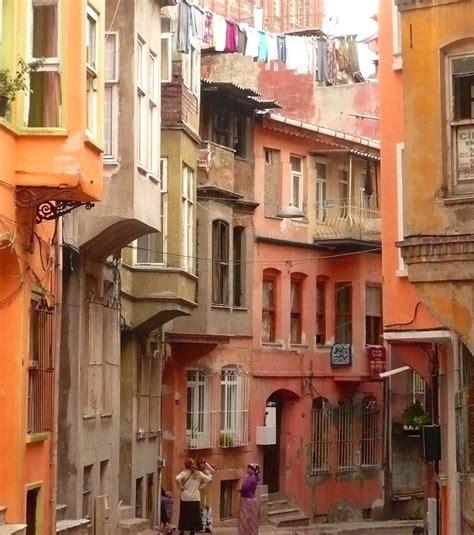 le quartier juif d istanbul maisons de bois et vue
