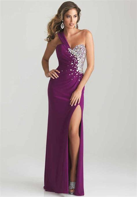Enchanting Purple Prom Dresses For An Amazing Night