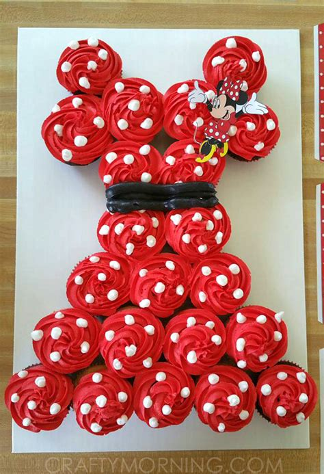 minnie mouse cake    cupcakes