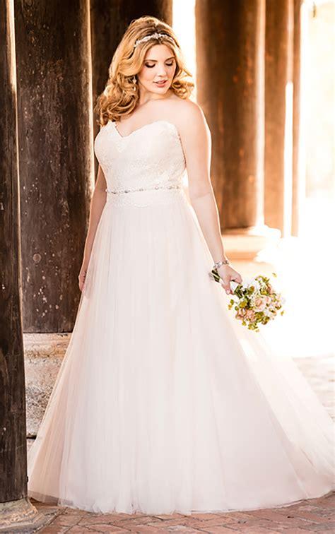 Plus Size Wedding Dresses | Plus Size Beach Wedding Gown ...